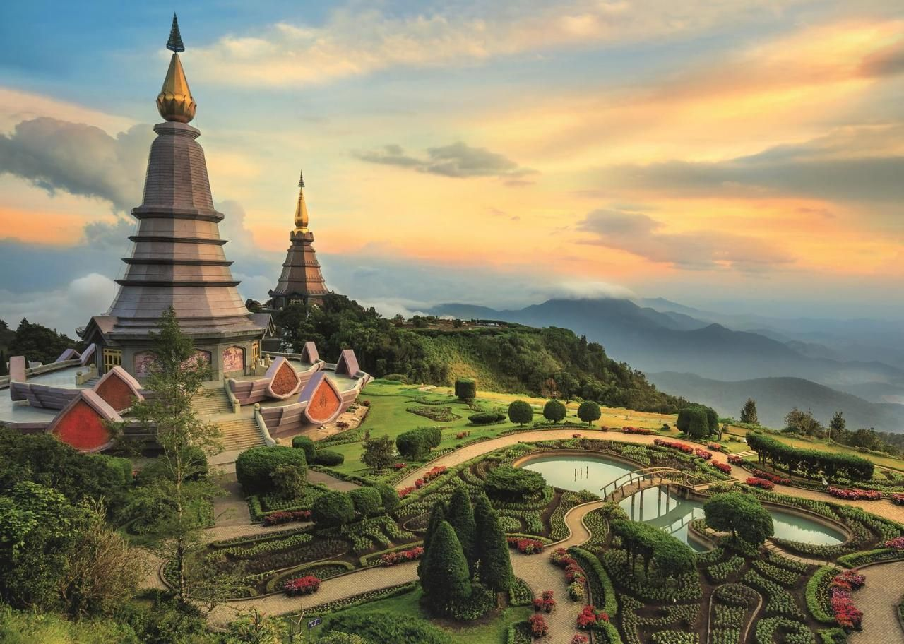 Trefl Puzzle Fairytale Chiang Mai 2000 Parça
