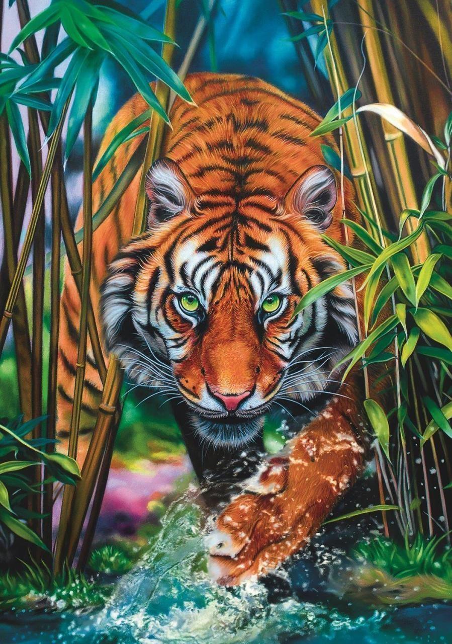 Trefl Puzzle Grasping Tiger 1000 Parça